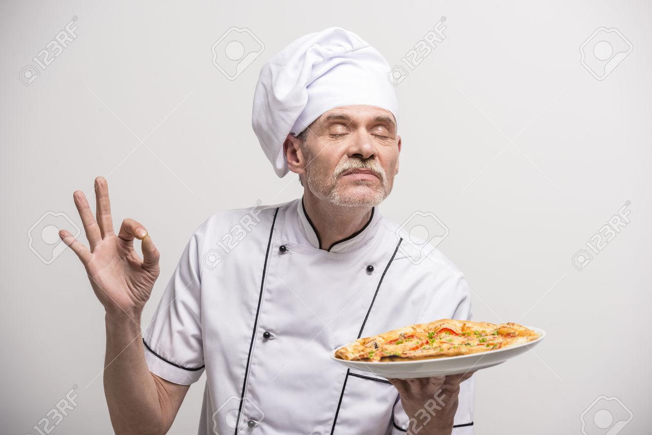 Pizzerie La Fabrika vám přeje dobrou chuť!.